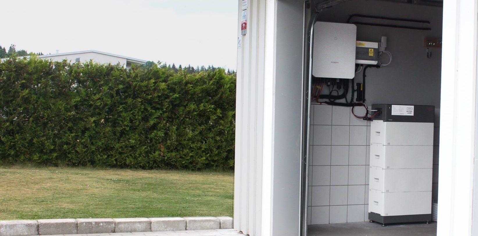 BYD batteri till villa ansluten till solcellsanläggning